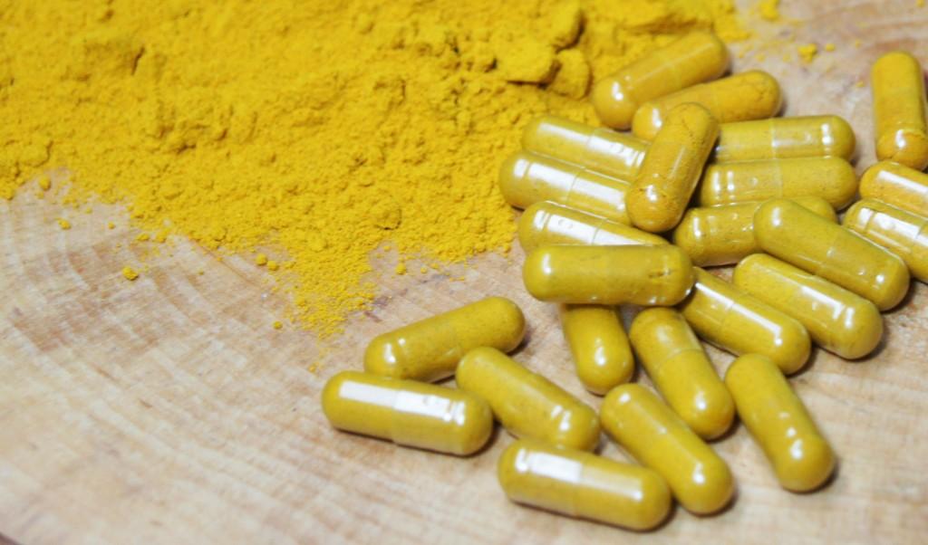 Turmeric powder & capsules